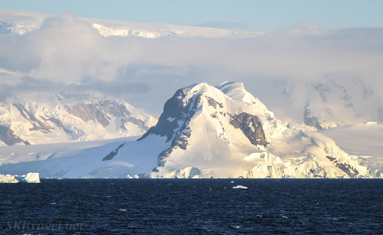 Typical seaside landscapes along the Antarctic Peninsula.