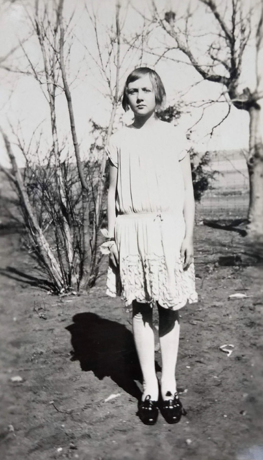 Beulah Groenewold (Maack) as a teenager, Cozad, Nebraska.