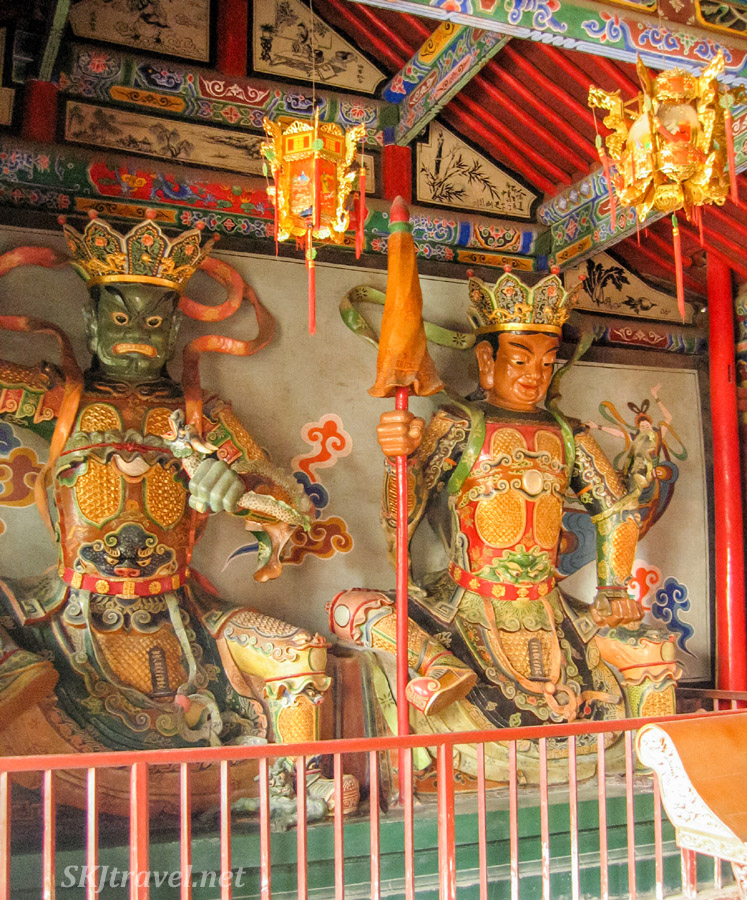 Painted Buddhist statues, Gao Miao, Zhongwei, China.