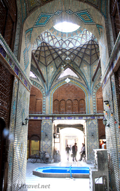 Beautiful courtyard accessed from a corridor in the bazaar, Isfahan, Iran.